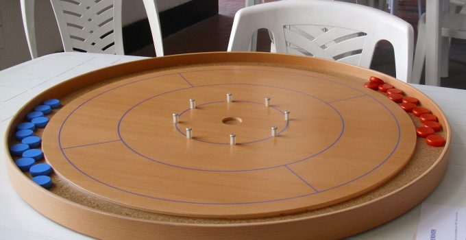 crokinole-game